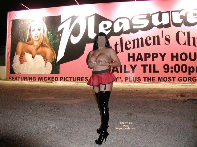Pic #9 - Nikka Exposed In Sin City