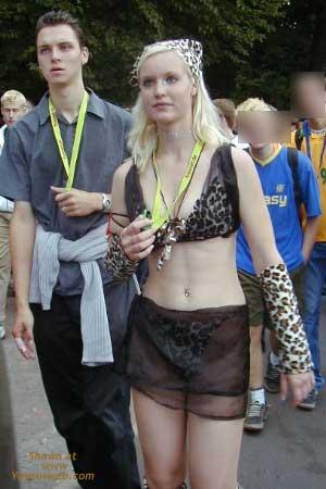 Pic #8 - Berlin Love Parade 2000 Pt.1