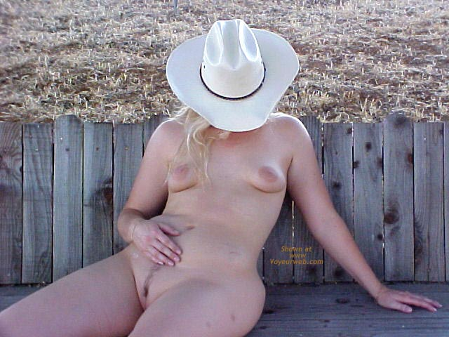 Pic #7 - *GG A Few Up On The Ranch