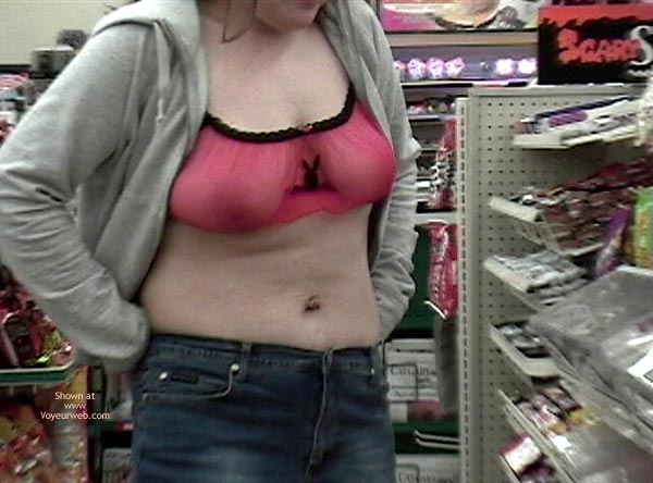 Pic #2 - A Trip To The 7-11