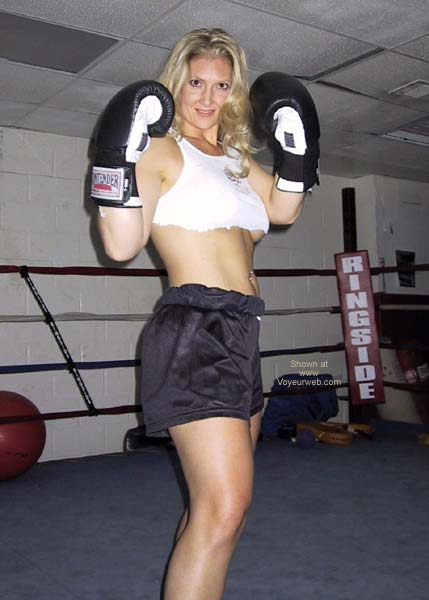 Pic #1 - MissMuscle in The Ring
