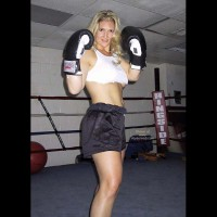 MissMuscle in The Ring