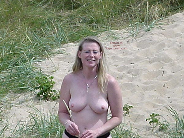 Pic #6 - Jenny in The Sun
