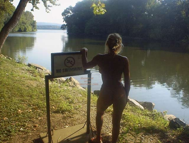 Pic #7 - Wife Up The Creek