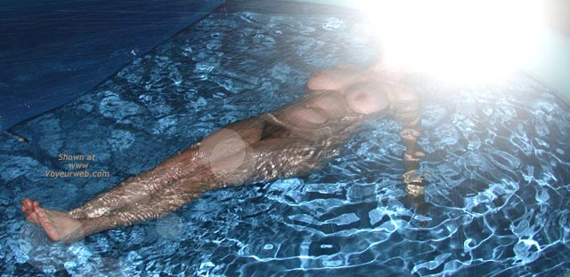Pic #1 - Wife' Ass on Water