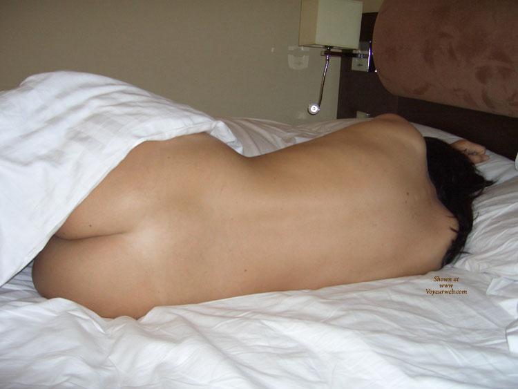 Pic #1 - First Time , This Is My Sexy Girlfriend In A Hotel We Stayed At Recently. She Is Normally Shy But Allowed Me To Take These Photos And Was Really Turned On By It. There Are More And, If We Get A Positive Response, We May Post Them Too.