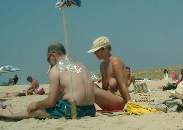 Pic #1 - Beach , Girl On The Beach 2006
