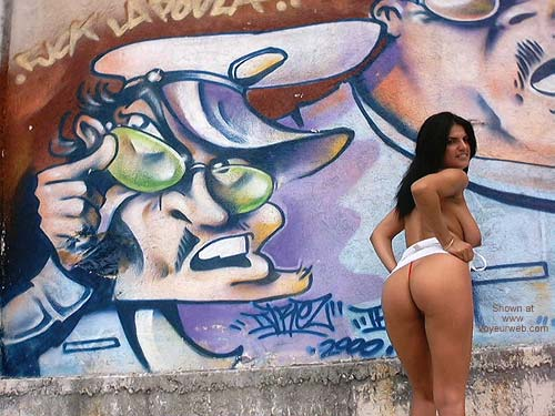 Pic #1 - Vanessa Griffiti Wall