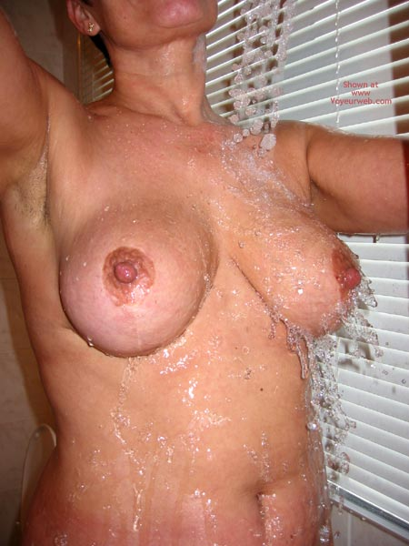 Pic #3 - 3 B'S  Belgium Black Beauty Under The Shower
