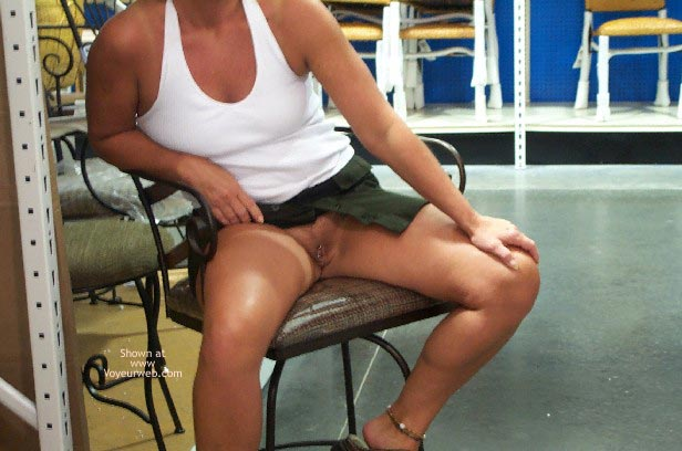 Pic #7 - Afternoon Shopping/Flashing