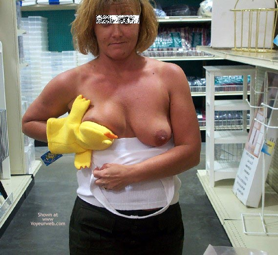 Pic #9 - Afternoon Shopping/Flashing