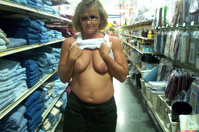 Pic #10 - Afternoon Shopping/Flashing