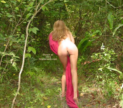 Pic #8 - Heide in The Forest