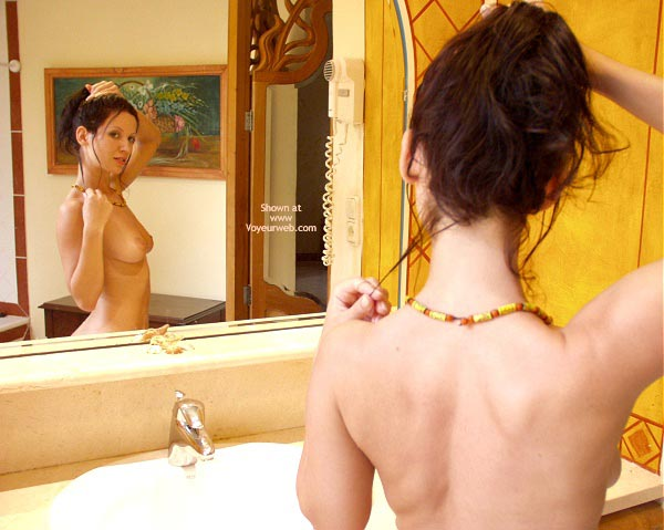 Pic #1 - Angelina Bathroom