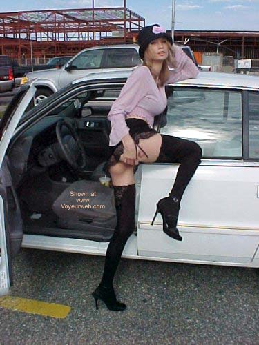 Pic #8 - Lil Ami Showing Off In The Mall Parking Lot