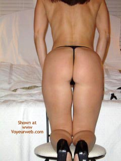Pic #3 - Wife'S Ass