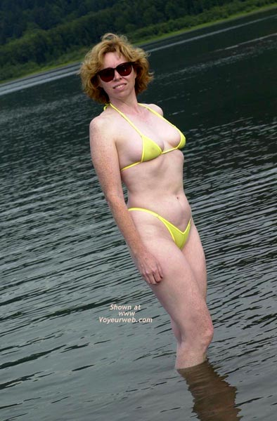 Pic #1 - Liz - Yellow Wicked Weasel