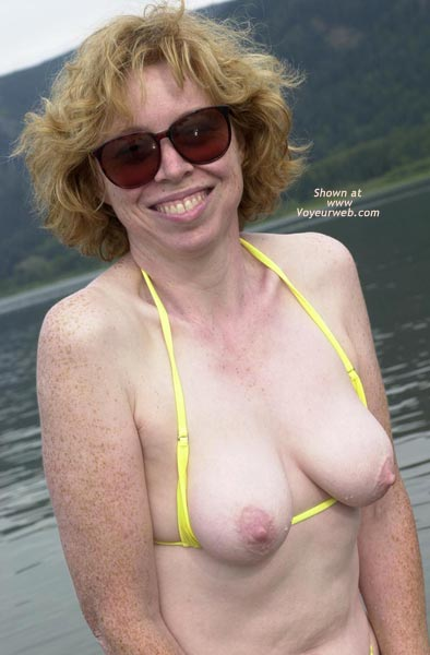 Pic #4 - Liz - Yellow Wicked Weasel