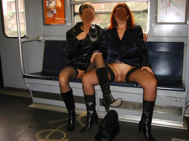 Pic #2 - *GG Tiziana and Stefy in Metro