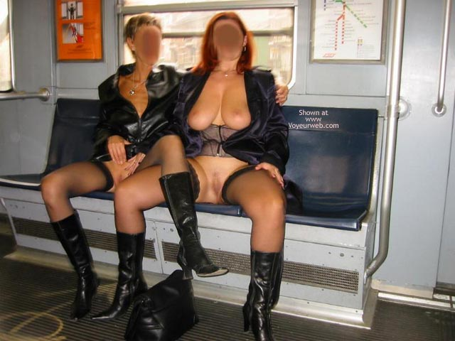 Pic #3 - *GG Tiziana and Stefy in Metro