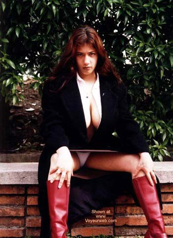 Pic #3 - Vanessa Latina Pulposa III