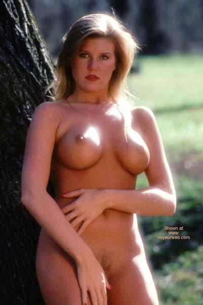 Pic #5 - Barbara Nude Outdoors