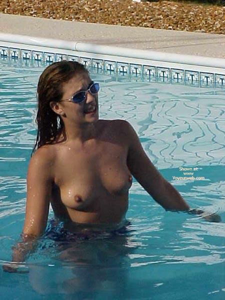 Pic #10 - Cherrie'S Harem Alyssa Gets Wet