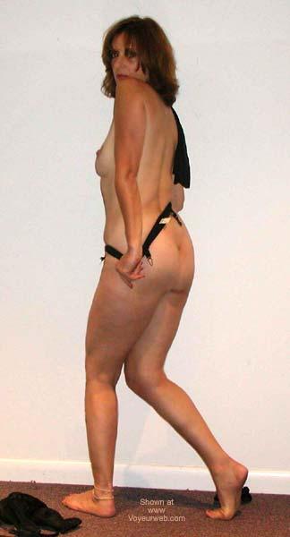 Pic #2 - Laila Naked Posing