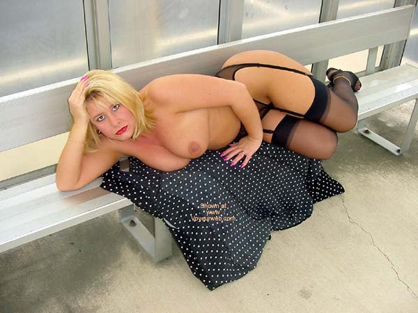 Pic #5 - *NY Jeannie in Nylons