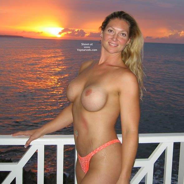 Pic #2 - Hedo3 Sunset MissM with a Friend