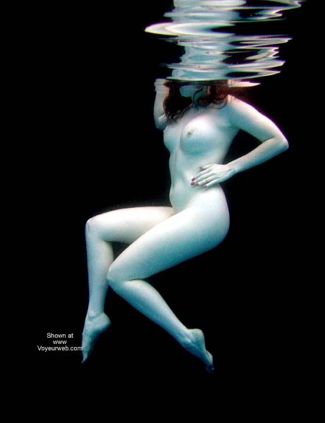 Pic #9 - English Wife Water Dance 2