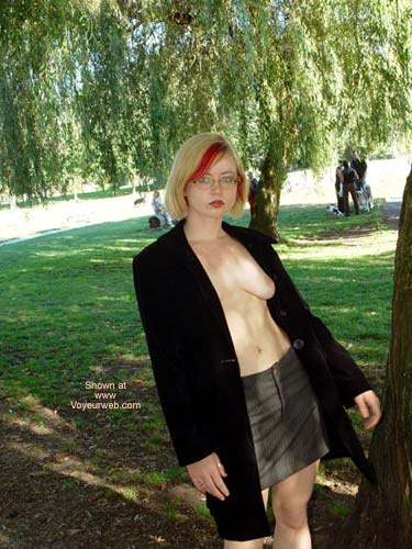 Pic #5 - Naughty In The Park