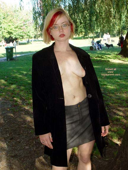 Pic #6 - Naughty In The Park