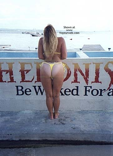 Pic #1 - TxPartyGirl in Paridise aka Hedo 2