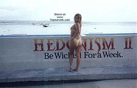 Pic #4 - TxPartyGirl in Paridise aka Hedo 2