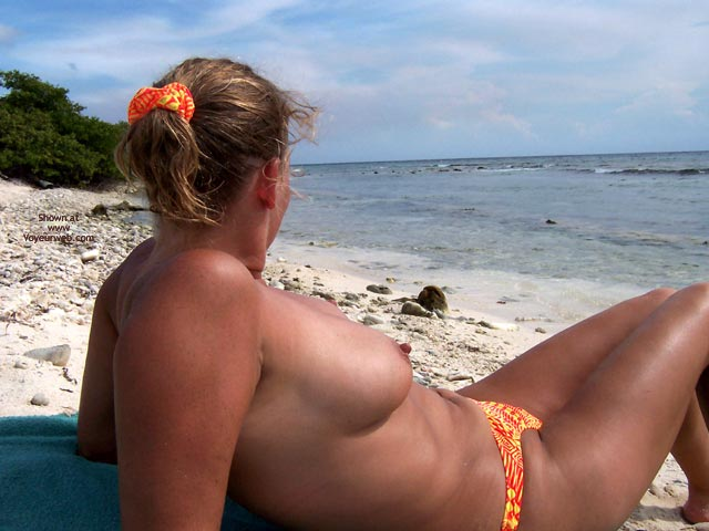 Pic #3 - Wife On Vacation 3