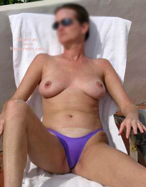 Pic #1 - 45 yo Hottie On Holiday