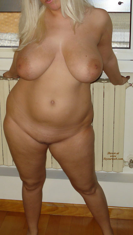 Pic #1 - Italian Wife Tits And Ass , She's My Sexy Gf.. Here's Some Newest Pics Of Her Hot Body.. Her Big Tits (36FF) Now Are More Floppy But Ready To Be Squeezed.. I Love Also Her Fat Ass.. What Do You Mean Of Her?? More Pics Will Come Soon..