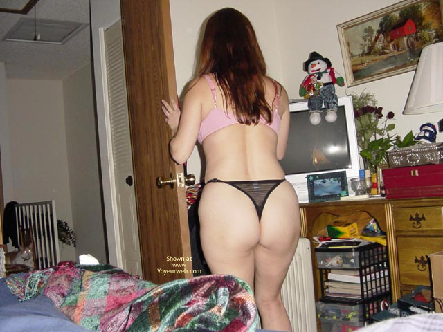 Pic #1 - Gf Lynn'S First Time On Web