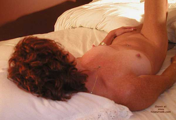 Pic #8 - *BE Jennifer Spreads Out in Bed