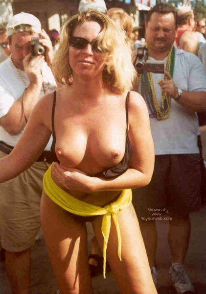 Pic #3 - Sue at Fantasy Fest 2002, Key West