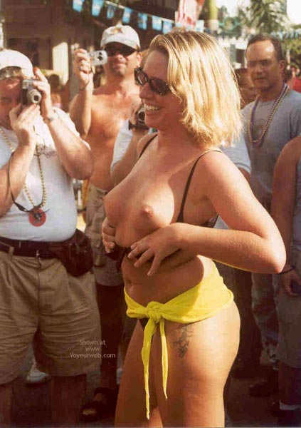 Pic #4 - Sue at Fantasy Fest 2002, Key West