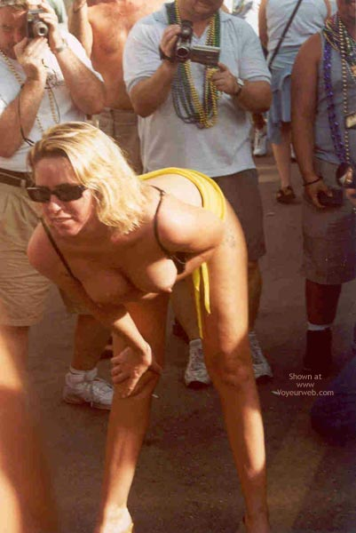 Pic #6 - Sue at Fantasy Fest 2002, Key West