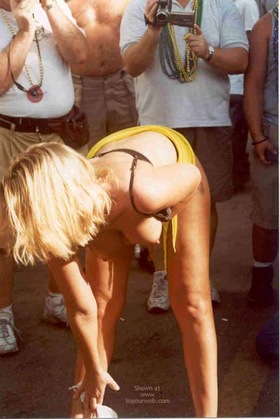 Pic #7 - Sue at Fantasy Fest 2002, Key West