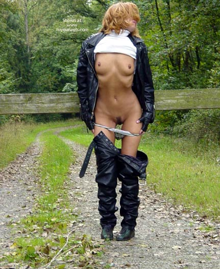 Pic #1 - Stripping Outdoors , Stripping Outdoors, Black Lebel Suit, Bush Out Of Leather, Black Leather Pants, Black Leather Jacket