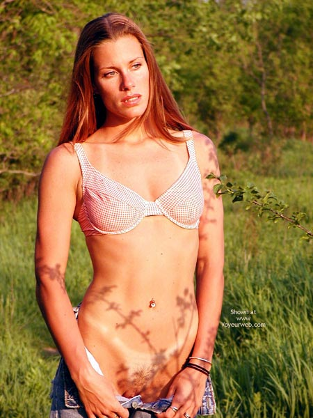 Pic #1 - Bra In A Pasture - Exposed In Public, Tan Lines, Bra In A Pasture, Tan Lines, Pussy In Denims Exposed, Tits In Bra