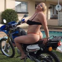 Super Granny, Biker Girl