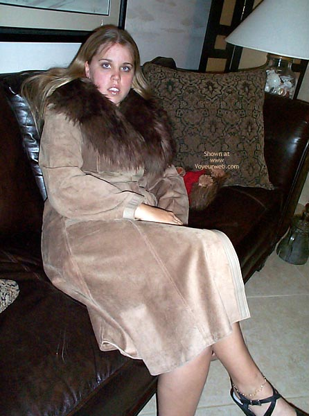 Pic #1 - 21 yo Having Fun In Leather/Fur