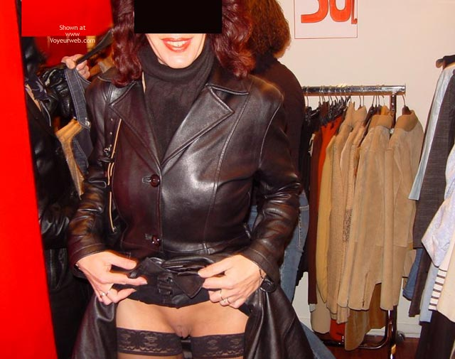 Pic #5 - Monique in Paris, France 3, Flashing And Shopping