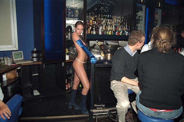 Pic #1 - Nude In Bar - Nude In Public , Nude In Bar, Nude In Public, Naked In Bar